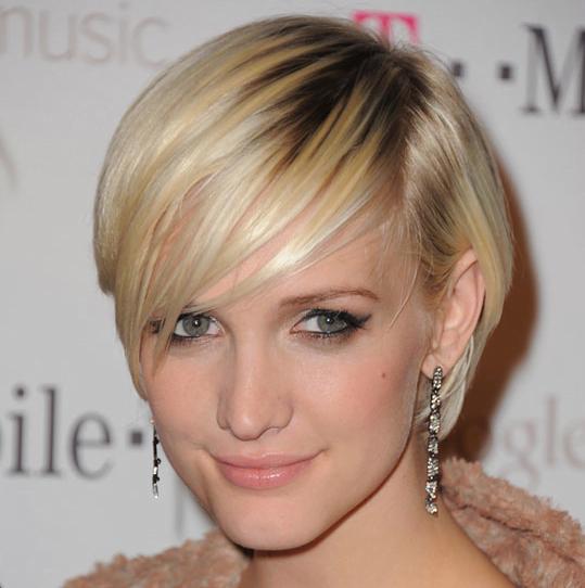 画像 : 髪型を真似したい海外スター【アシュリー・シンプソン】ヘアスタイル画像集 - NAVER まとめ Scarlett Johansson Hair